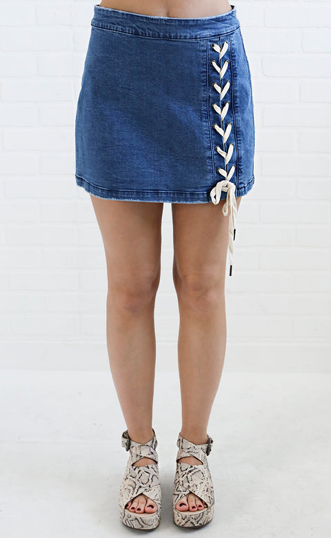 wear anywhere denim skirt