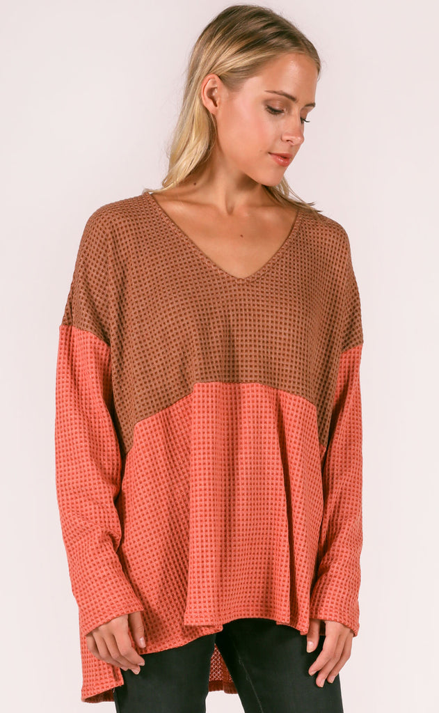 weekend ready waffle knit top - brown/rust