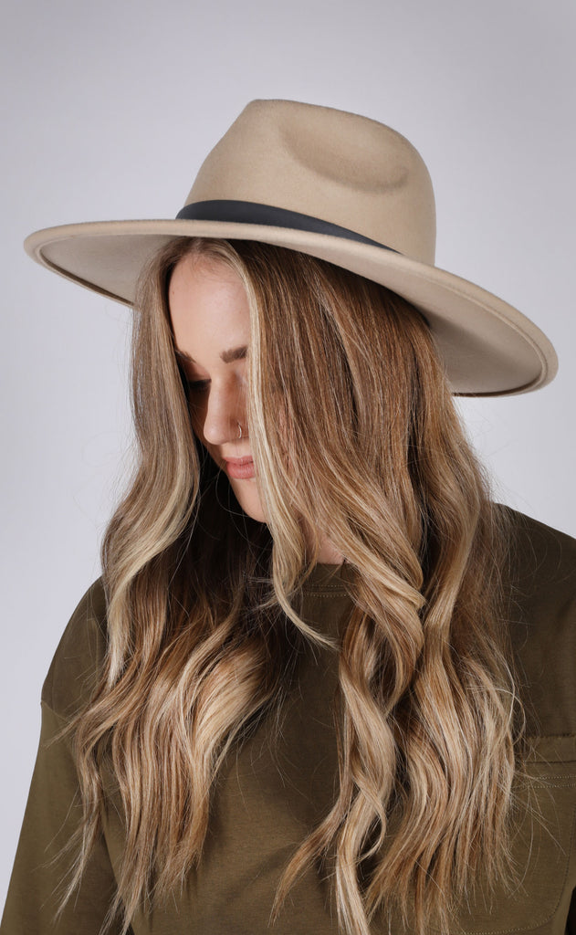 wyoming belted hat