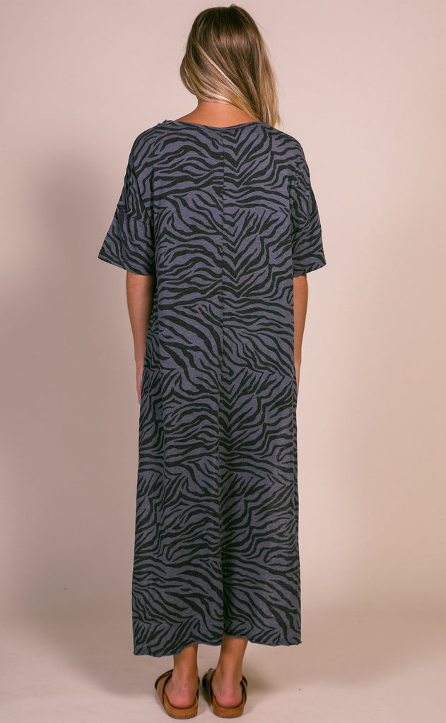 z supply: the zebra maxi tee - ombre blue
