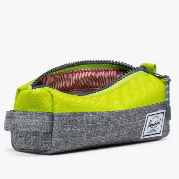 Herschel Settlement Case 600D Poly