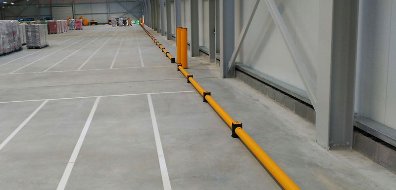 Tratto Barriera bassa per urti da Transpallet - Lunghezza 10,0 m - Modello mFlex Traffic Ground Level