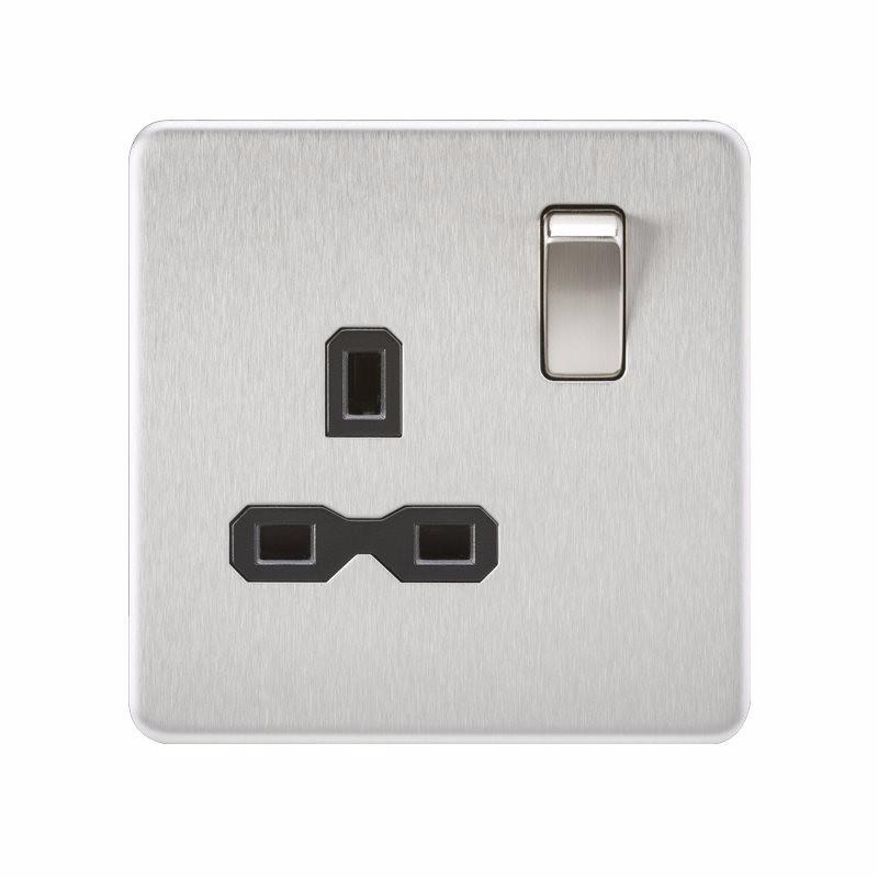 1G 13A Screwless Brushed Chrome 230V UK 3 Pin Switched Electrical Wall Socket - Black Insert