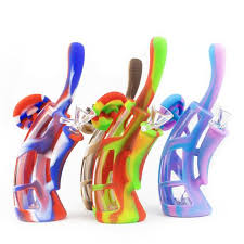 "8"" Glass and Silicone water pipe"