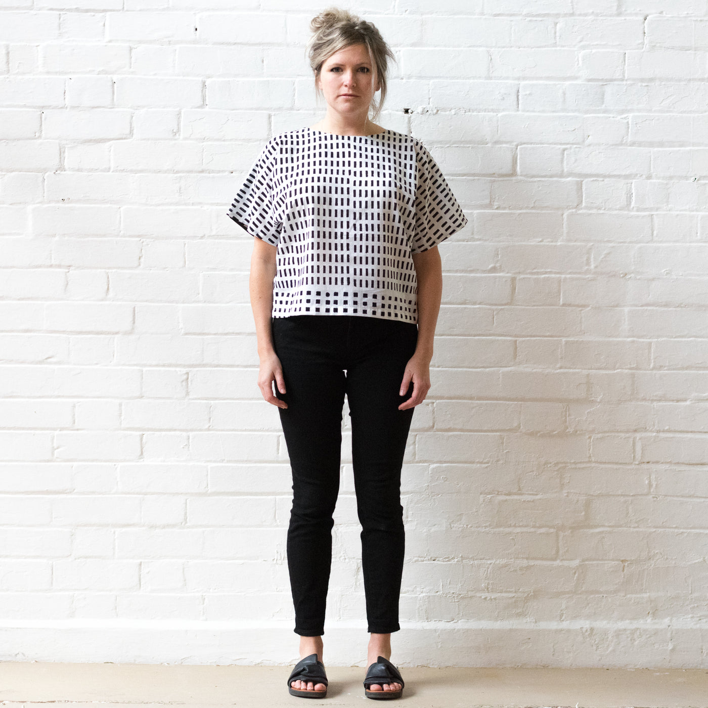 Black and white random print T shirt top