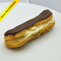 Éclair with Fresh Cream {V}