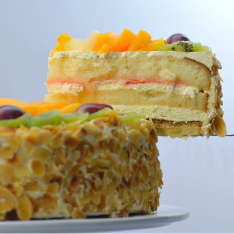 Fresh Fruit Gateaux {V}