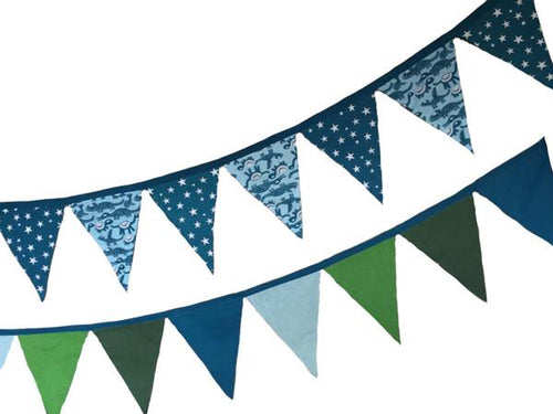Organic cotton bunting-bunting-Rainbows and Clover-nature, blue reptiles & stars-Rainbows and Clover
