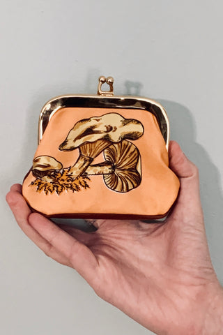 Brown Mushroom coin purse