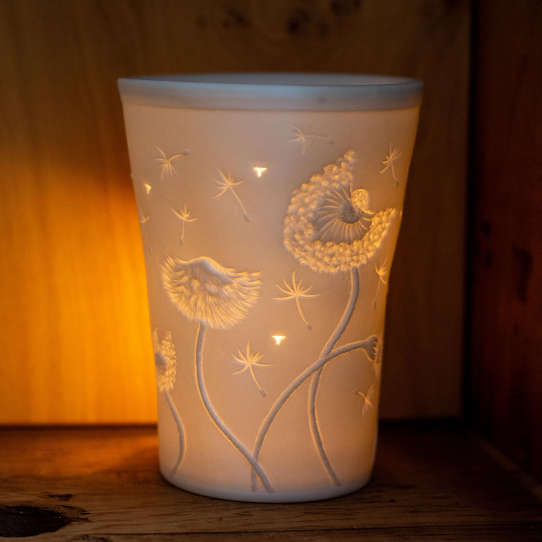 Porcelain oil burner - dandelion