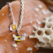 Load image into Gallery viewer, Single Bee and Daisy Bracelet - Jess Withington