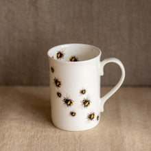 "Load image into Gallery viewer, ""Bees en route"" mug - Blue Artemis"