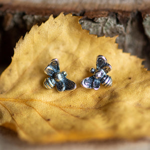 Silver miniature bumble bee stud earring - Henryka
