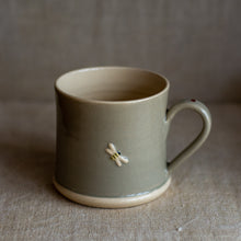 Load image into Gallery viewer, Hogben Pottery mug - bee and ladybird