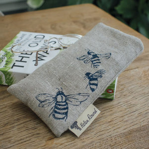 Bee Glasses Case Pure Linen - Helen Round