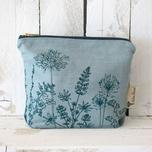 Linen Toiletry Bag - Helen Round