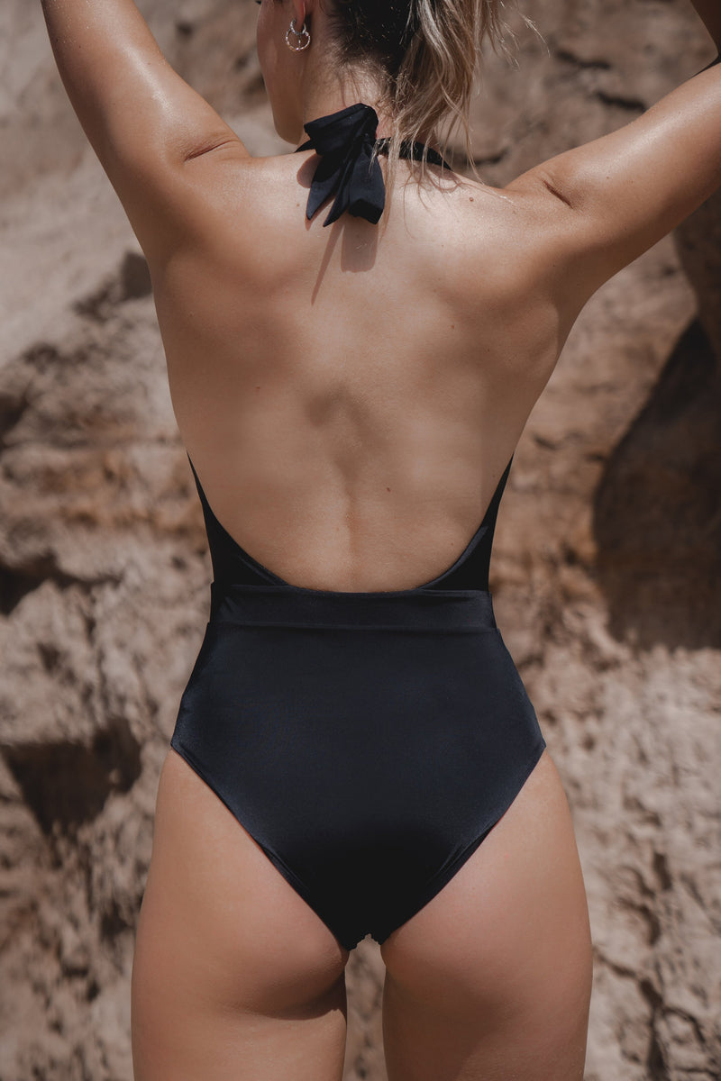 MOANA ONE PIECE - BLACK