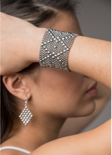 Load image into Gallery viewer, Liquid Metal Bracelets