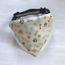 Load image into Gallery viewer, Cat Collar Bandana