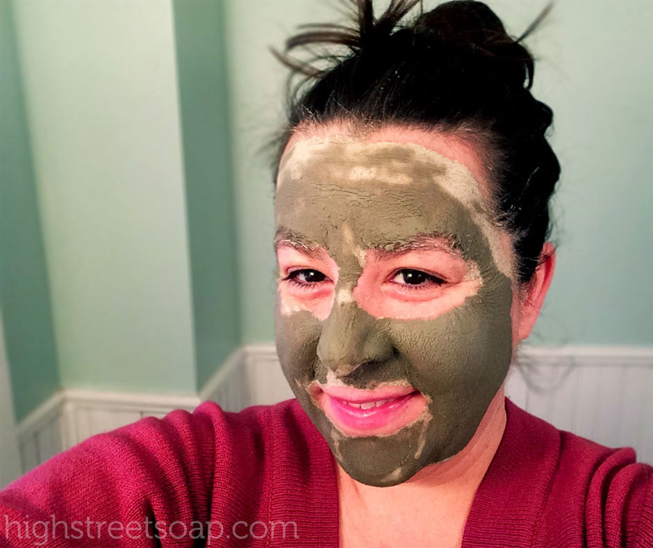 DIY Sea Clay Face Masks in 4 Easy Steps