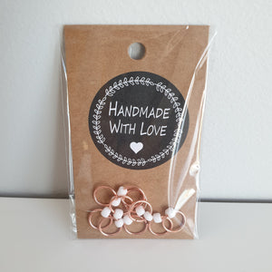 ROSE GOLD RINGS WITH WHITE BEADS - Stitch Markers