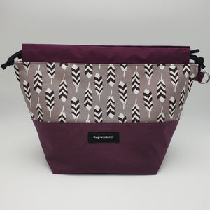 PLUM FEATHERS - LARGE Project Bag