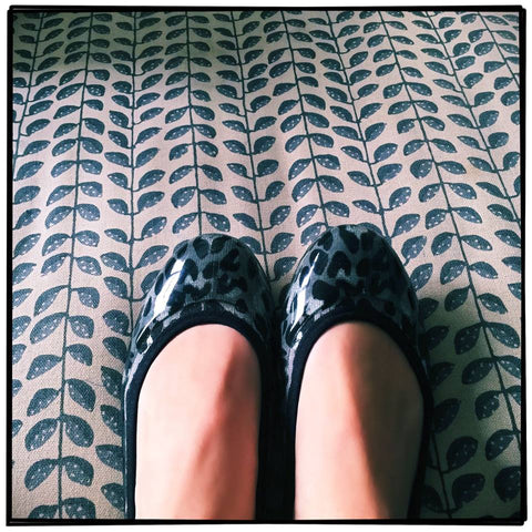 ja-vie grey leopard animal print jelly flats shoes