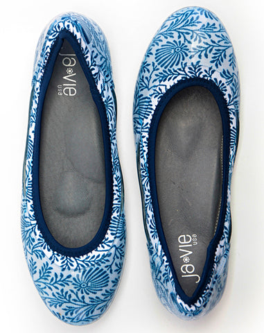 Blue China Floral Flat
