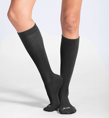 ja-vie Cotton Medium Moderate Graduated Compression Socks, Classic Black (15-20mmHG)