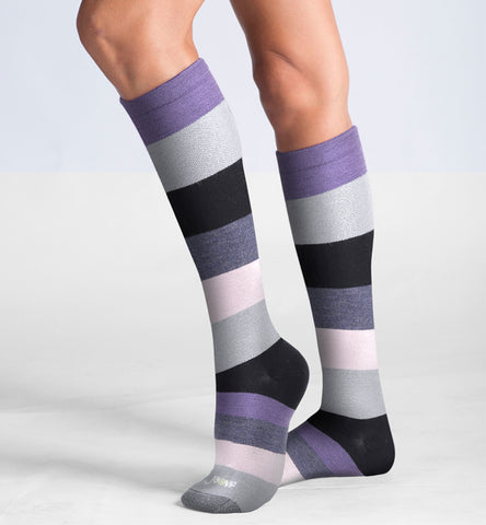 ja-vie 75% Merino Wool Ultra Soft 15-20mmHg Graduated Compression Socks, Lilac Grey Colorblock
