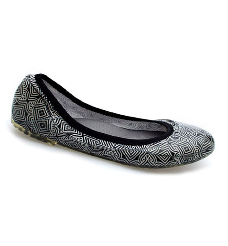 ja-vie black/ivory mosaic jelly flats shoes