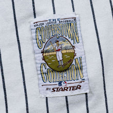Load image into Gallery viewer, Vintage MLB Chicago Cubs Button Up Tee