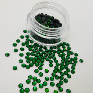 Christmas Green 3mm (10ss) Crystals