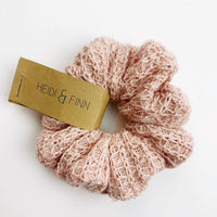 Sweater Scrunchie - pink glitter