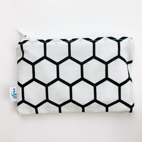 MEDIUM ReUsable Snack Bag - white and black honeycomb