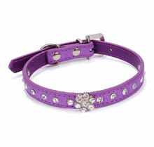 Load image into Gallery viewer, Rhinestone Flower Dog Collar