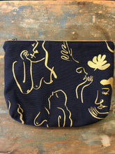 Load image into Gallery viewer, Ivy House Zipper Pouch