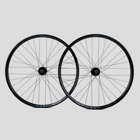 Hope Fortus 35W Factory Wheelset - Moonglu