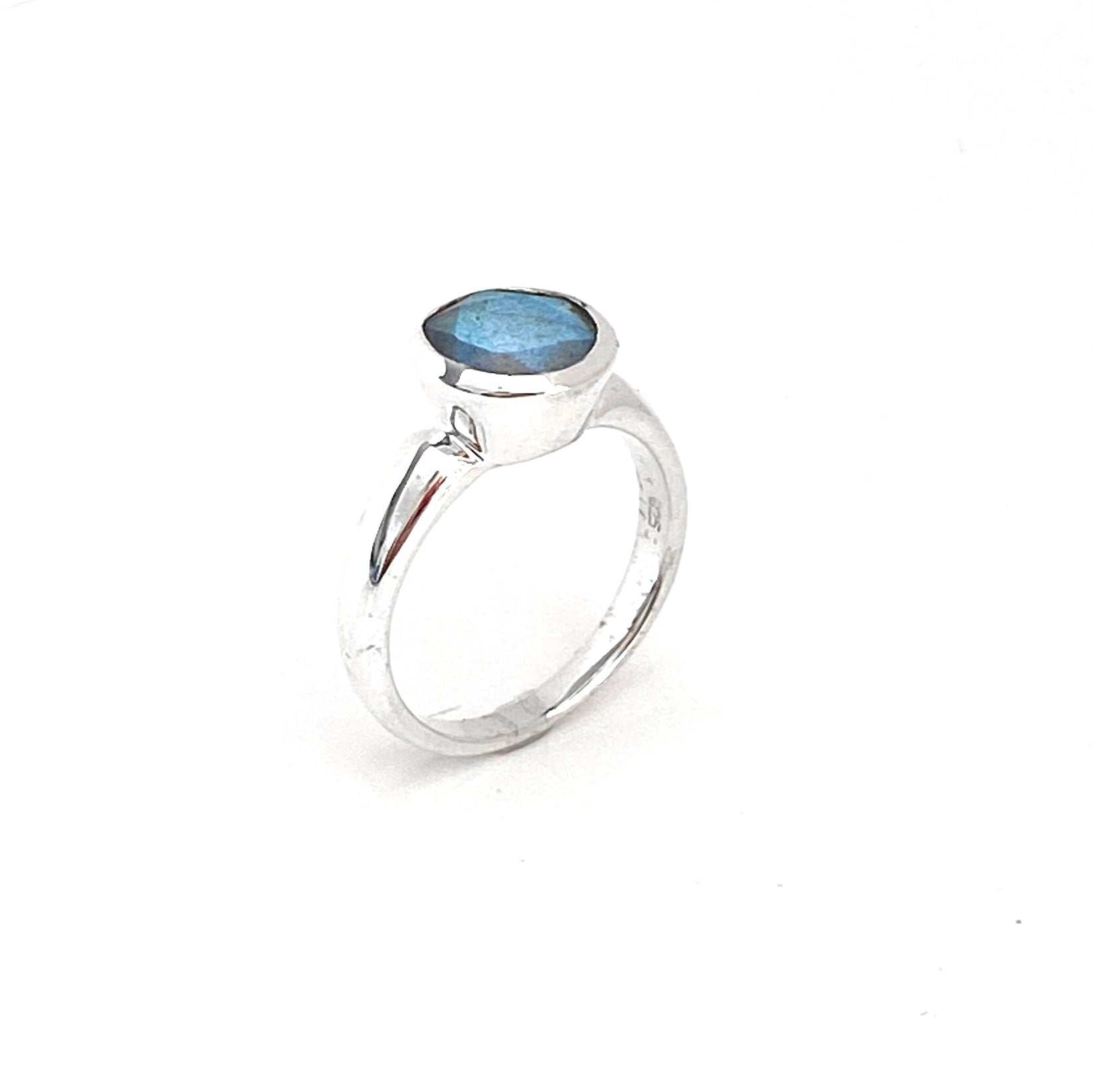 Deep Collar Labradorite  Ring