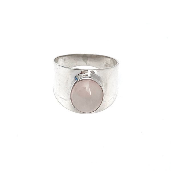 Polished Chaplet with Oval Rose Quartz Ring
