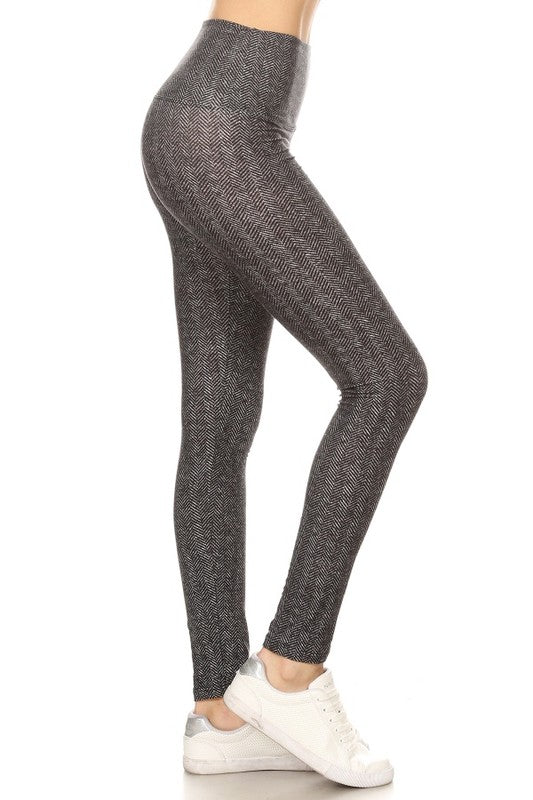Covered in Confidence High Waisted Chevron Leggings (5735191871648)