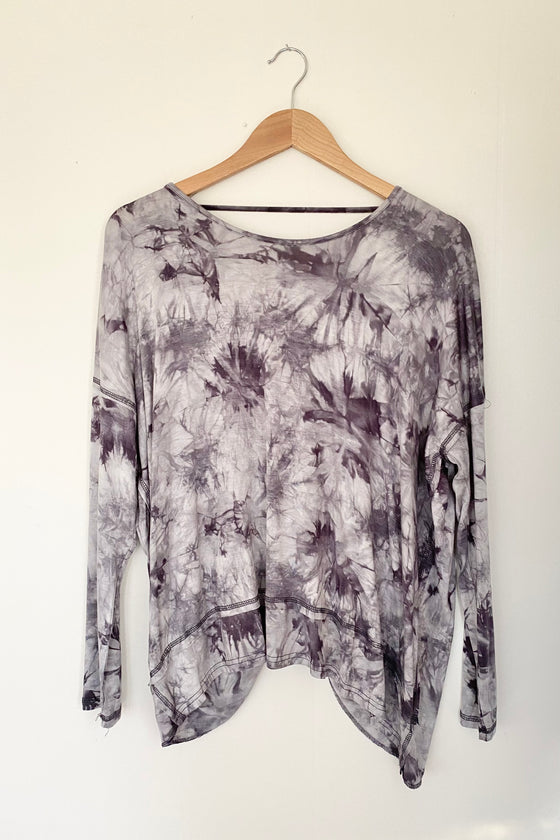 Take me Away Tie Dyed Pullover in Charcoal (5925401591968)
