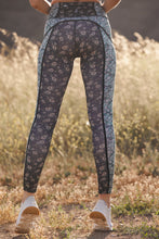 Load image into Gallery viewer, Free People You're A Peach Black Combo Legging (5624751849632)