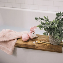 Load image into Gallery viewer, Sweet Grace Bath Bomb