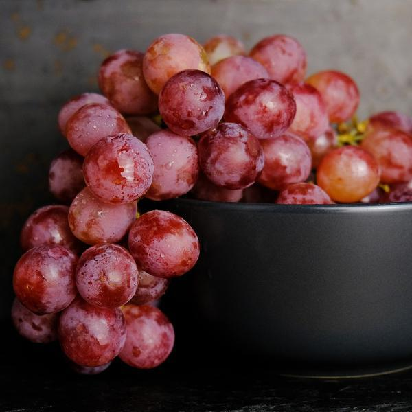 Grapes, Red Seedless 2 lbs - Hardie's Direct Austin, TX