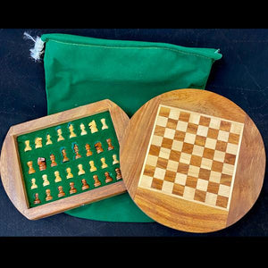 Round Magnetic Wooden Chess Set