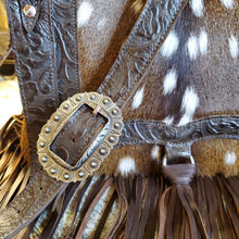 Load image into Gallery viewer, H&M Valley Saddlebag Half Pint Axis Deer w/ Cowboy Tooled
