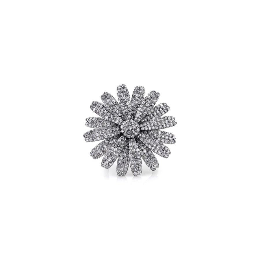 PAVÉ DIAMOND LARGE DAISY RING