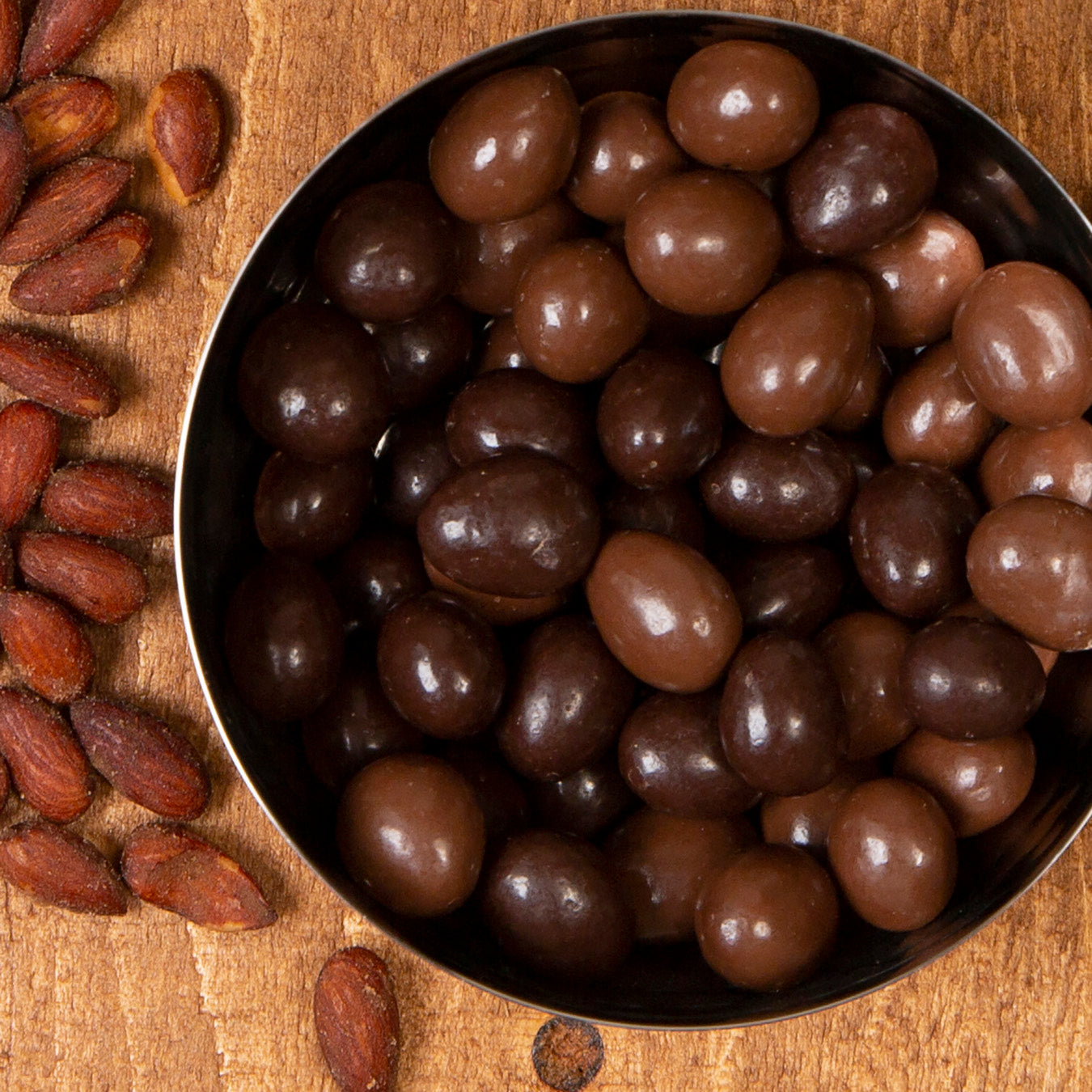 Bulk! Milk chocolate covered oven roasted almonds 500g.