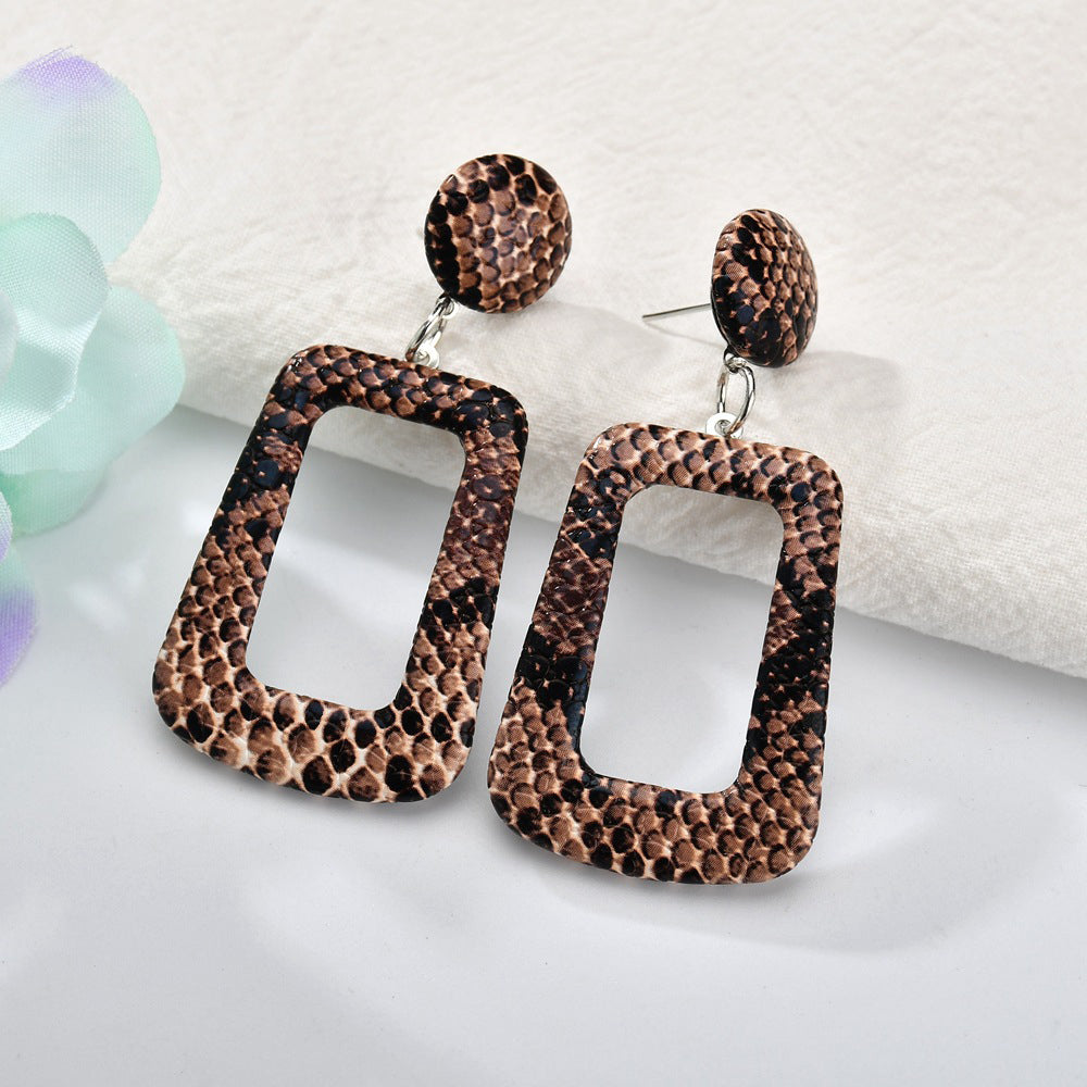 Oversize Geometric Variant Earrings